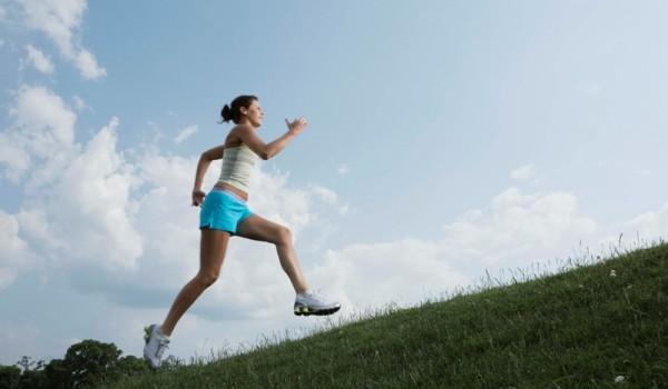 היכולת לבצע אימונים אתלטיים עשויה לרדת גם עם כמות קטנה ביותר של התייבשות. אפילו אובדן של שני אחוזים ממשקל הגוף בנוזלים, עשוי לפגוע בביצועים עד לרמה של 25%. בין אם […]