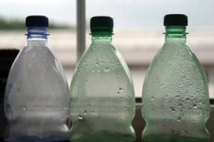 המשרד לאיכות הסביבה נגד חברות המים המינרליים